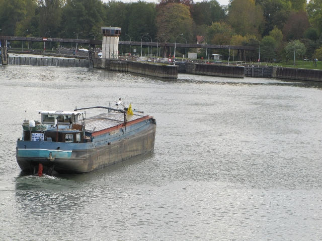 barge and locks